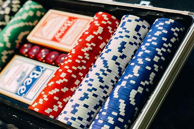 ライブディーラーカジノの多くの長所と短所